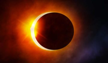 Delimično pomračenje Sunca i mlad Mesec u Lavu